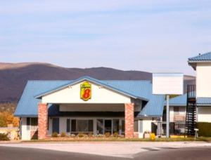 Photo of Super 8 Susanville