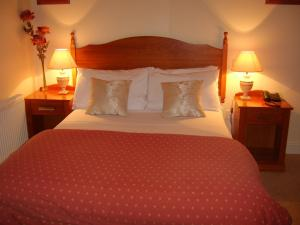 Photo of Tudor House Bed & Breakfast