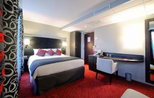 Hotel Mercure Paris Plaza Pont Mirabeau, Paris