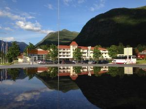 Photo of Thon Hotel Jølster