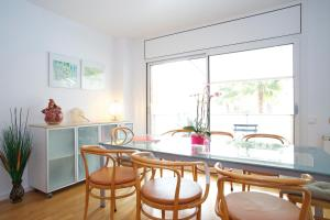 Three-Bedroom Apartment with swimming pool - Ramón Turró, 52
