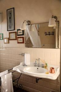B&B La Corte del Ronchetto, Bed & Breakfasts  Mailand - big - 8
