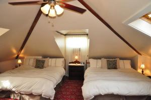 King Room with Two King Beds - The Loft
