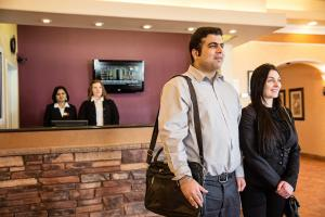 Chateau Regina Hotel and Suites, Hotels  Regina - big - 27