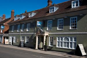 Swan Hotel in Alton, Hampshire, England
