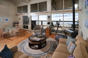 Sand Dollar Beach Retreat