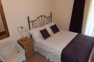 Hurst Dene Hotel, Bed and breakfasts  Swansea - big - 3