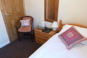 Hurst Dene Hotel, Bed and breakfasts  Swansea - big - 9