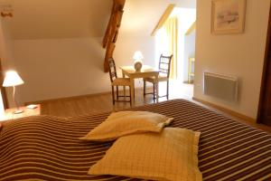Ferme de Marpalu, Bed and Breakfasts  La Ferté-Saint-Cyr - big - 10