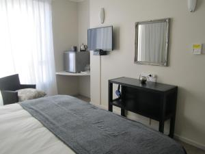 Standard Double or Twin Room with Sea View 207