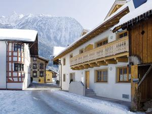 Photo of Alpin Lodges Oetz