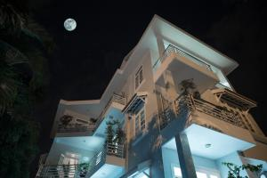 The Moon Homestay