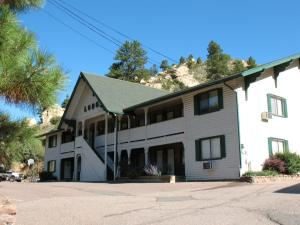 Coyote Motel, Motels  Black Hawk - big - 1