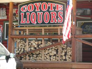 Coyote Motel, Motels  Black Hawk - big - 26