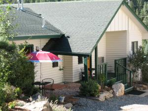 Coyote Motel, Motels  Black Hawk - big - 25