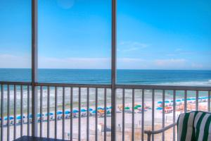 Photo of Holiday Surf & Racquet Club 524 By Real Joy