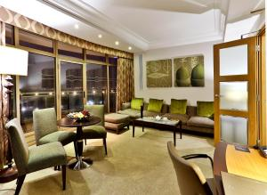 Park Lane Suite with Lounge Access