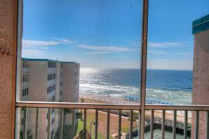 Photo of Holiday Surf & Racquet Club 710 By Real Joy