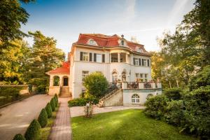 Photo of Aparthotel Villa Freisleben