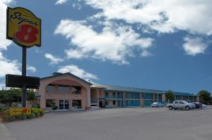 Photo of Super 8 Pensacola   N.A.S. / Corry Area