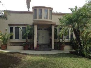 Photo of Three Bedroom House Near Universal Studios