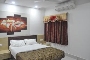 Vinayak Villa, Luxury Service Apartments