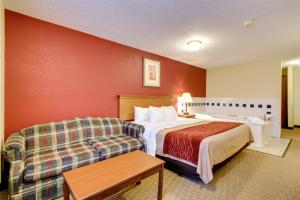 Photo of Comfort Inn Fort Dodge