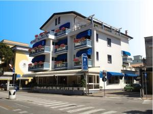 Hotel Touring, Hotely  Lido di Jesolo - big - 83