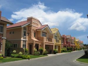 Photo of Crown Regency Suites Mactan