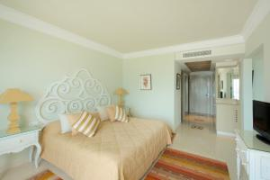 Suite with Sea View (2 Adults)
