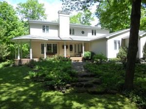 Photo of Maple Ridge Bed And Breakfast