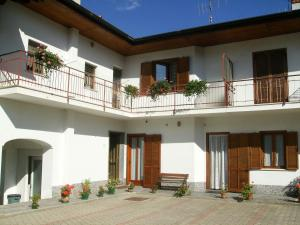 B&B Barucin, Bed and breakfasts  Villar San Costanzo - big - 1