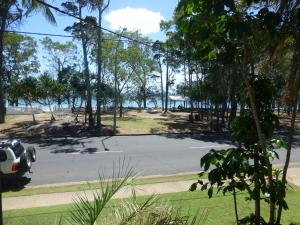 The Beach Motel Hervey Bay - Hervey Bay, Queensland, Australia