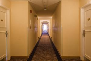 Chateau Regina Hotel and Suites, Hotels  Regina - big - 32