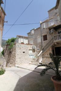 Photo of Apartments Donika