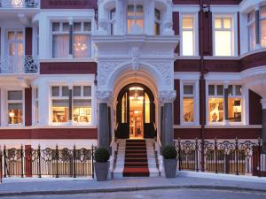 St James Hotel & Club Londres