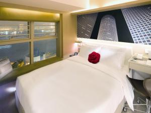 Deluxe Harbour View Room with Free 4G Pocket Wi-Fi Device