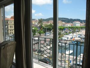 Photo of Appartement De Standing Cannes
