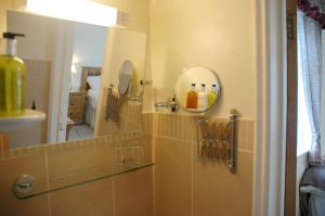 Newcourt Barton, Bed and breakfasts  Cullompton - big - 7