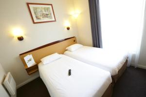 Twin Room with 2 Single Beds