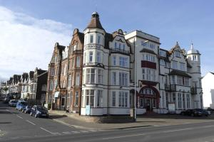 Photo of Cliftonville Hotel