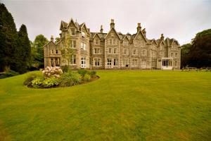 Photo of Ben Wyvis Hotel