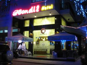 Photo of Bondi Hotel
