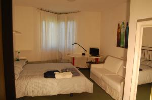 B&B Centro Arcangelo, Bed and breakfasts  Dro - big - 60