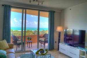Premier Two-Bedroom Ocean View Suite