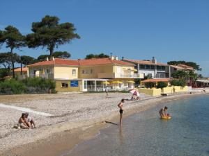 Photo of Hôtel Lido Beach