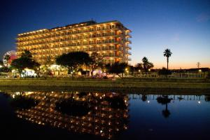 Photo of Apartamentos Playa Moreia