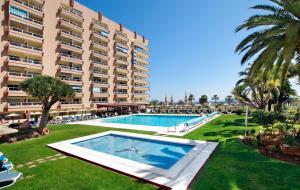 Photo of Hotel Apartamentos Pyr Fuengirola