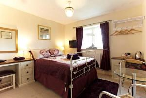 Wayside, Bed & Breakfasts  Norwich - big - 5