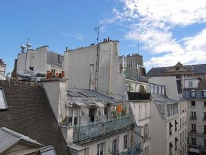 One-Bedroom Apartment - Rue Princesse